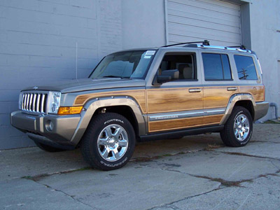 The combination of high-quality vinyl panels and extruded trim is not only  beautiful, it is also maintenance free. - Jeep Commander Woody Kit
